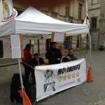 Movimento 5 Stelle di Catanzaro raccoglie le firme per il piano rifiuti zero in Piazza Prefettura (Catanzaro)