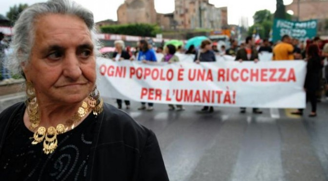 #Rom e #Sinti … 400mila individui ghettizzati nei campi