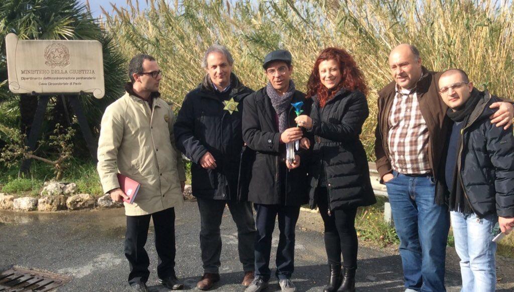 Delegazione PartitoRadicale visita cc Paola